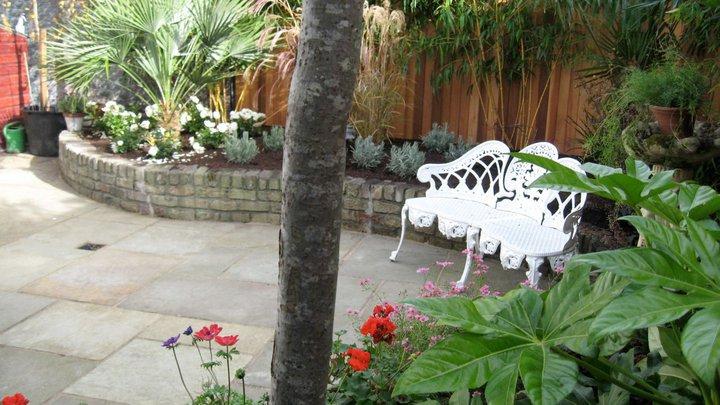 Ranelagh garden design for Garden designs ie